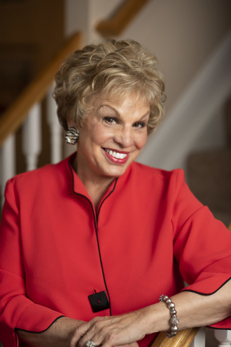 For more than 30 years Kathryn has been entertaining radio listeners, TV audiences and live audiences with her wit and humor, as well as her practical view of life in general. From call-ins on radio, to emotional, funny, educational and political interviews, she has kept her fans coming back for more.